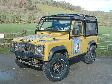 Land Rover 90 Hard Top Full External Roll Cage